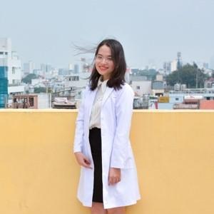 Bác sĩ Phan Thị Hoàng Yến
