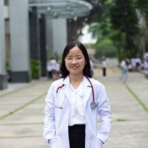 Bác sĩ TẠ CÔNG THÚY MAI