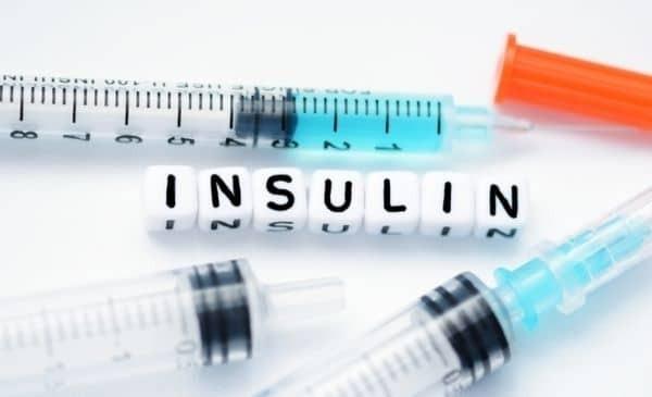 đối tượng tiêm insulin