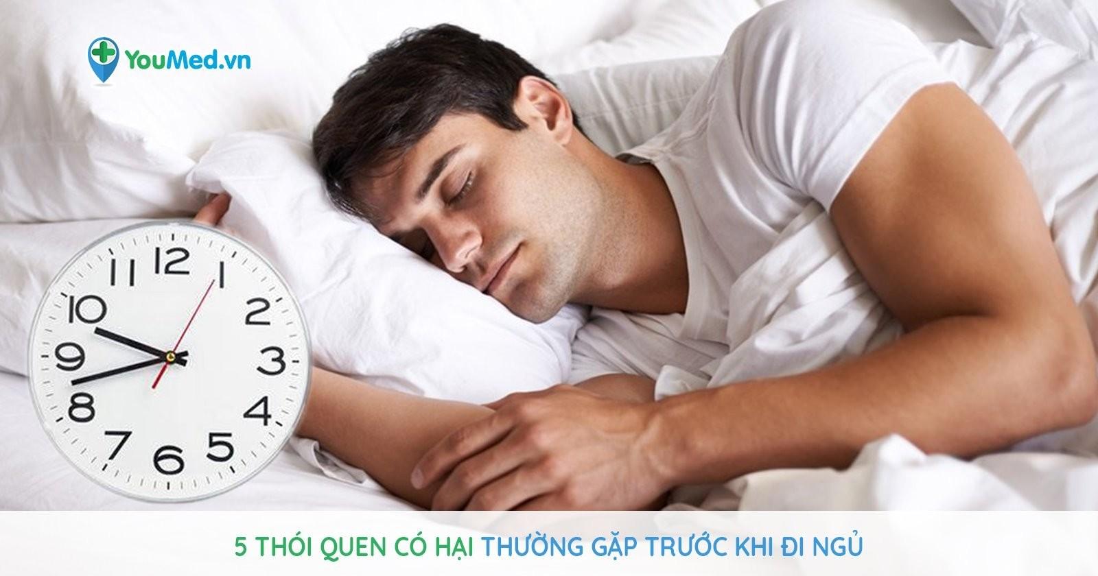 5 thói quen có hại thường gặp trước khi đi ngủ