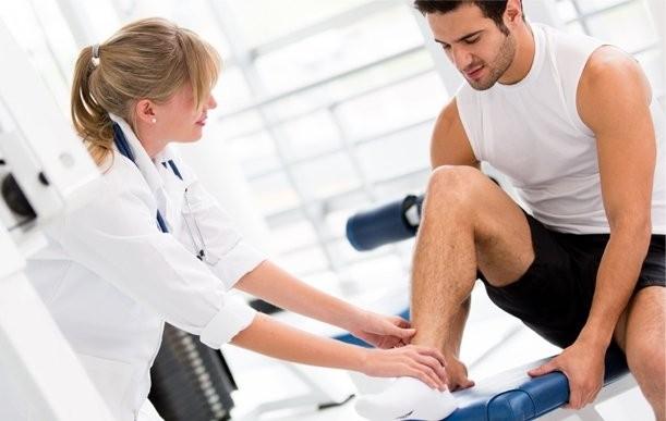 Đứt gân gót chân có thể phục hồi được không?