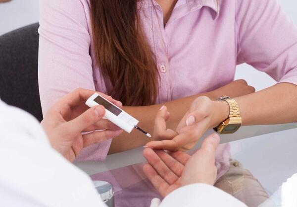 Sụt cân nhiều không rõ nguyên nhân có thể là dấu hiệu cảnh báo bị tiểu đường