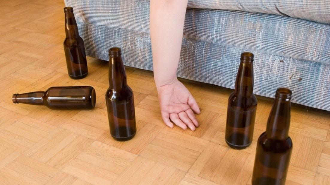 uống rượu bia 1