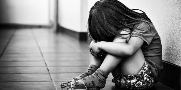 tổn thương thời thơ ấu