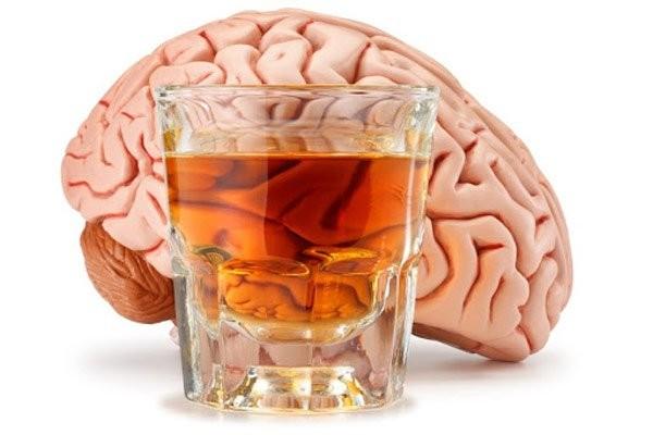 Tình trạng nhiễm độc rượu không hề hiếm gặp