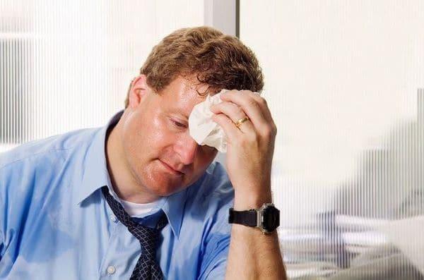 Tăng tiết mồ hôi nguyên phát tình trạng tiết mồ hôi sẽ giảm khi ngủ