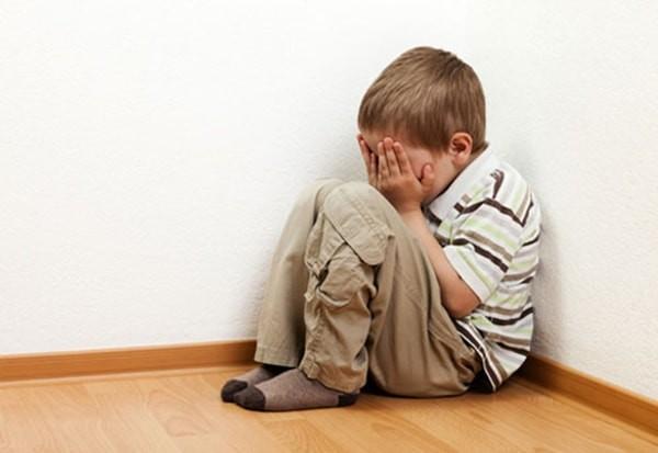 rối loạn lo âu chia ly ở trẻ em