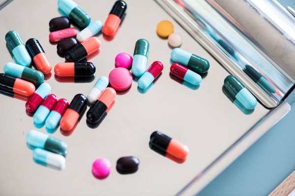 Tùy vào tình trạng, bác sĩ sẽ kê loại thuốc phù hợp