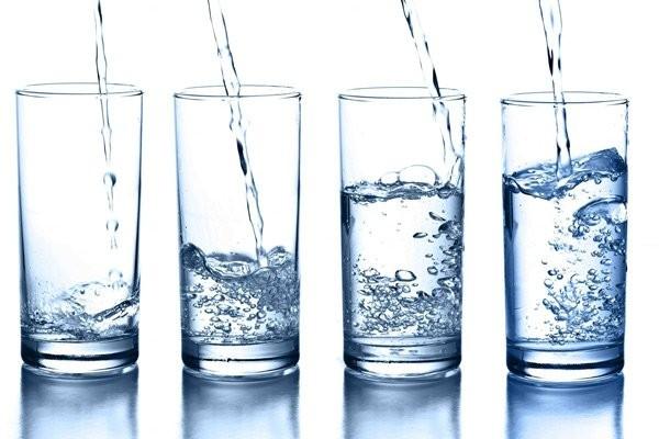 Bạn nên tăng cường uống nước