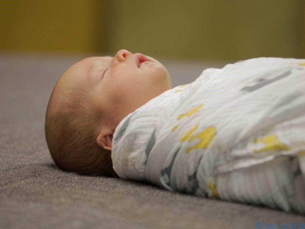 Cơn ngưng thở ở trẻ sinh non là gì?
