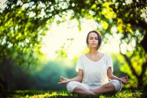 Thiền sẽ đem đến cho bạn cảm giác thanh thản và vui vẻ