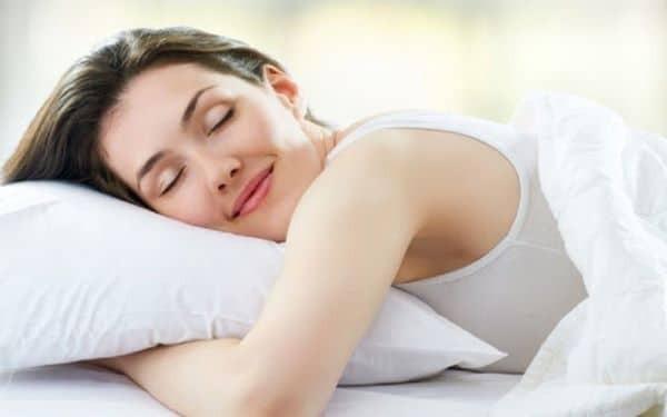 Một giấc ngủ ngon sẽ làm bạn dễ chịu hơn và giảm cảm giác lo lắng