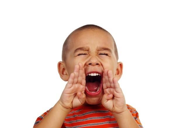 La hét nhiều có thể gây khàn tiếng