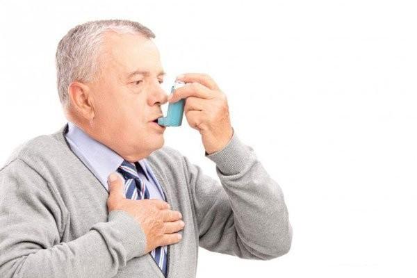 Bệnh nhân hen suyễn cần tham khảo ý kiến bác sĩ trước khi sử dụng thuốc