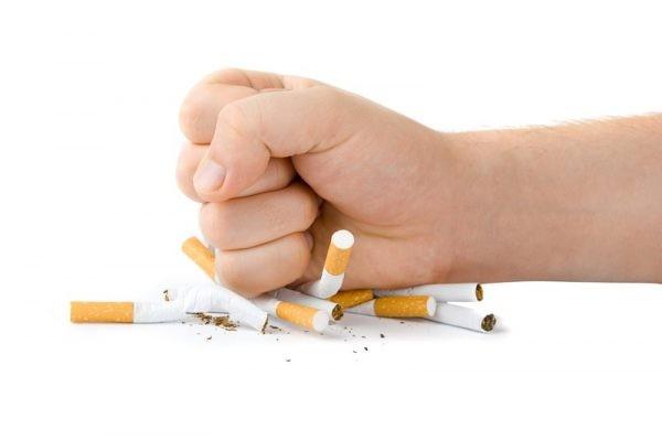 Thuốc lá là nguyên nhân chính gây ung thư thanh quản