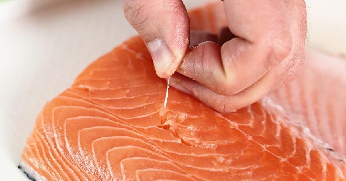 Xương dăm nhỏ và khó làm sạch khi chế biến cá