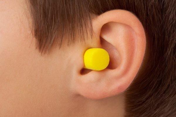 Hãy bảo vệ tai khi tiếp xúc với tiếng ồn
