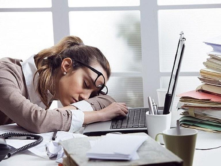 Bạn có thể đau đầu mệt mỏi khi dùng thuốc