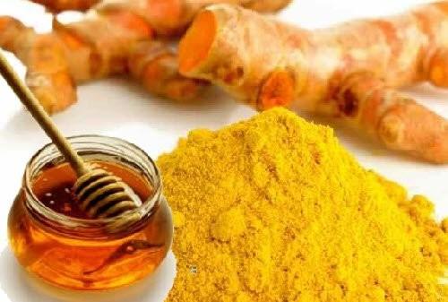Có thể dùng nghệ và mật ong để điều trị mụn thâm vô cùng hiệu quả