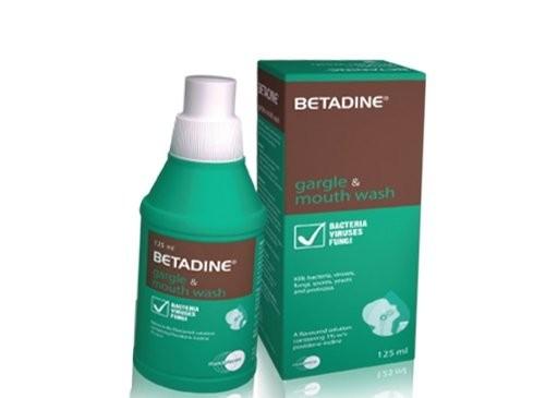 Povidone-iodine có khả năng tiêu diệt nhiều loại vi khuẩn, nấm, động vật nguyên sinh và vi-rút.