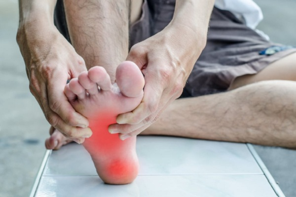 Đau là triệu chứng thường gặp của hội chứng đau cục bộ