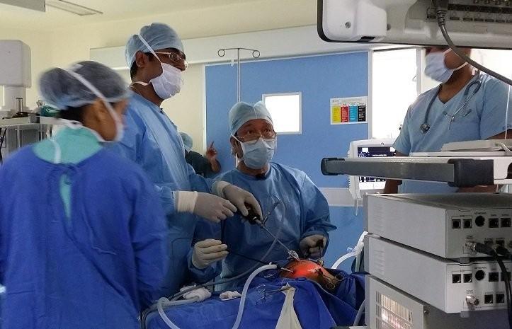 đội ngũ y - bác sĩ có trình độ chuyên môn cao