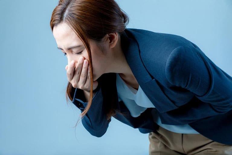 Khi quá liều bạn có thể xuất hiện các triệu chứng buồn nôn và tiêu chảy