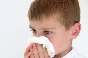 Hình 2: Nghẹt mũi nặng có thể ảnh hưởng đến sự phát triển bình thường của trẻ em