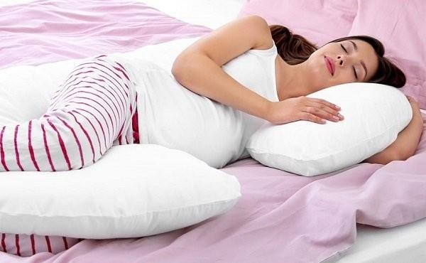 tư thế ngủ khi mang thai