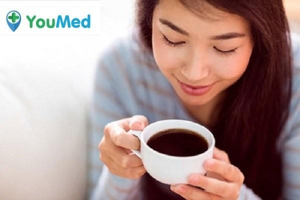 Hạn chế uống nhiều cà phê khi mang thai