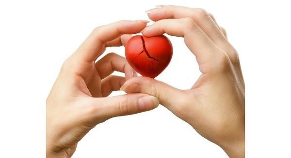 """Một trong những biến chứng của Takotsubo là """"vỡ tim"""""""