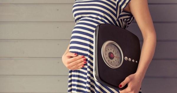Mẹ đừng quên theo dõi cân nặng trong thai kỳ