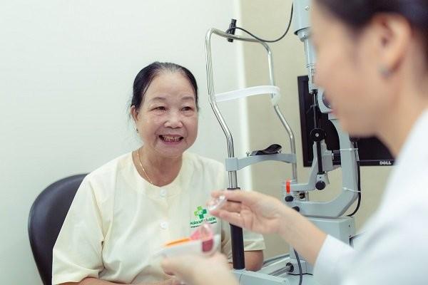 Thăm khám thường xuyên đế phát hiện sớm bệnh glaucoma