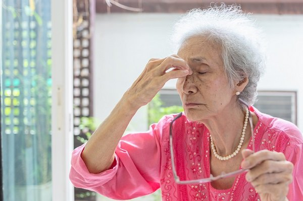 hạ huyết áp: Hoa mắt chóng mặt