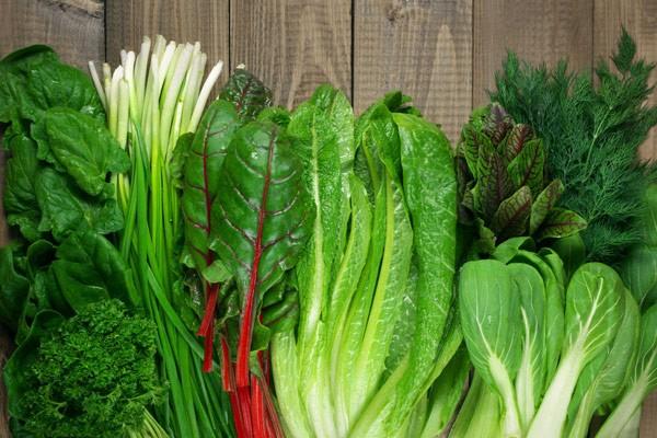 Ăn các loại rau xanh có thể giúp cải thiện tình trạng này
