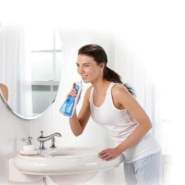 Đây là dụng cụ giúp bạn vệ sinh răng miệng