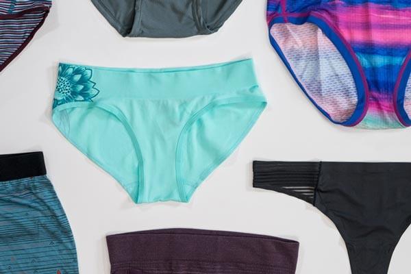 Chọn quần lót phù hợp: vừa vặn và thấm hút tốt