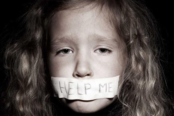 Trẻ bị ngược đãi có thể bị ám ảnh tâm lý lâu dài