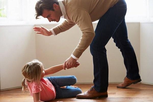 Trẻ bị ngược đãi thể chất
