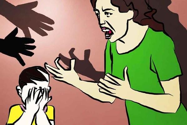 To tiếng với trẻ cũng là một hình thức ngược đãi
