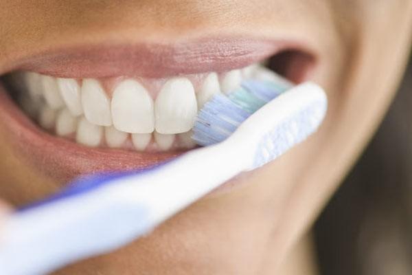 Phòng bệnh răng miệng sẽ hạn chế nguy cơ dẫn đến các bệnh khác