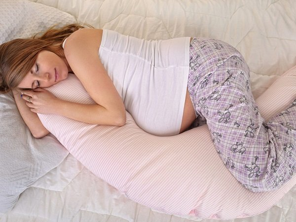 tư thế ngủ tốt cho bà bầu