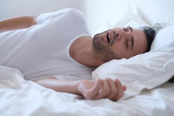 Ngưng thở khi ngủ có thể là một nguy cơ của bệnh