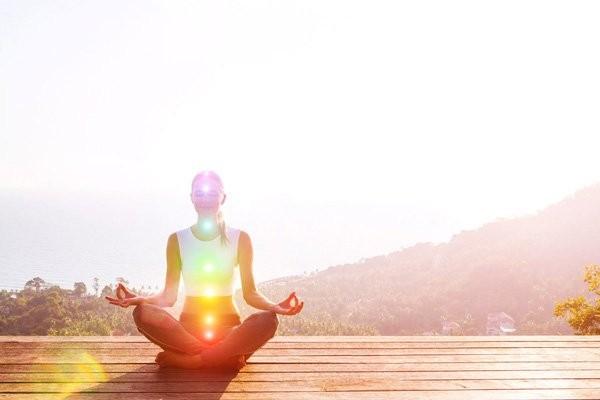 Bạn có thể tập yoga khi căng thẳng