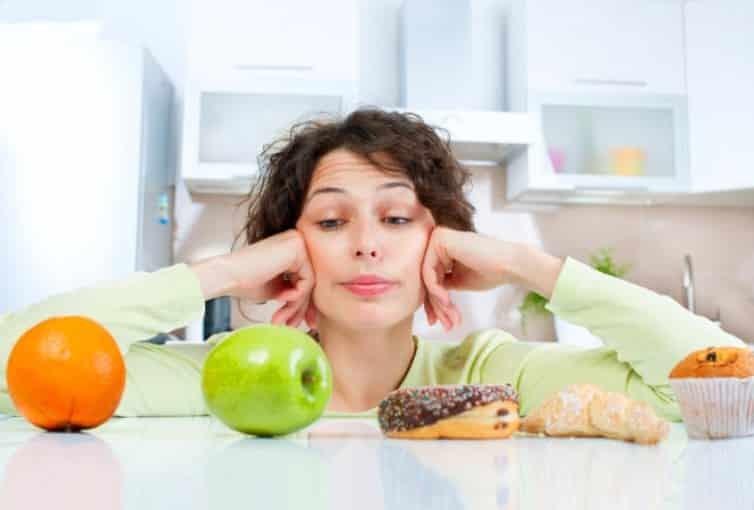 Thực phẩm luôn là những nỗi lo của những người bị mụn