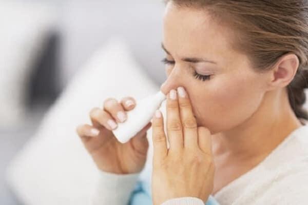 Tìm hiểu về liều dùng và cách dùng thuốc spray