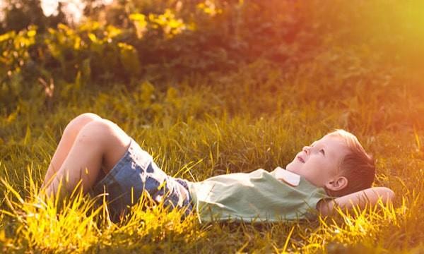 Bé có hội chứng siêu nam có thể chậm phát triển các kỹ năng vận động hơn trẻ bình thường