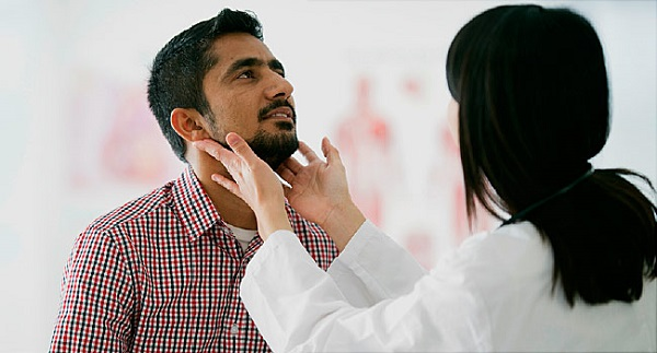 Phát hiện tăng sản hạch bạch huyết khi đi khám