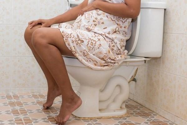 Cảm giác mắc tiểu thường xuyên khi mang thai