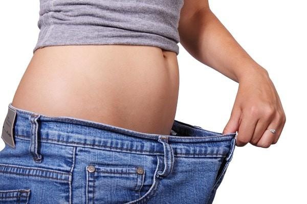 Giảm cân và mặc quần áo rộng, thoải mái giúp cải thiện triệu chứng